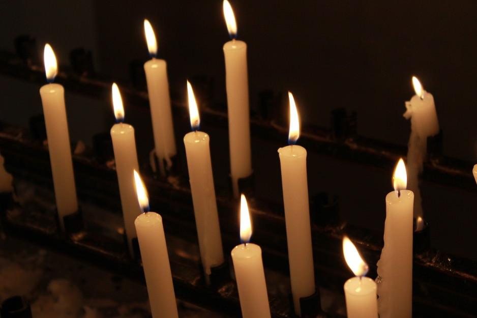 Bilder zu: Eucharistische Anbetung
