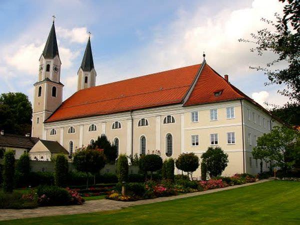 Bilder zu: Kloster Gars am Inn