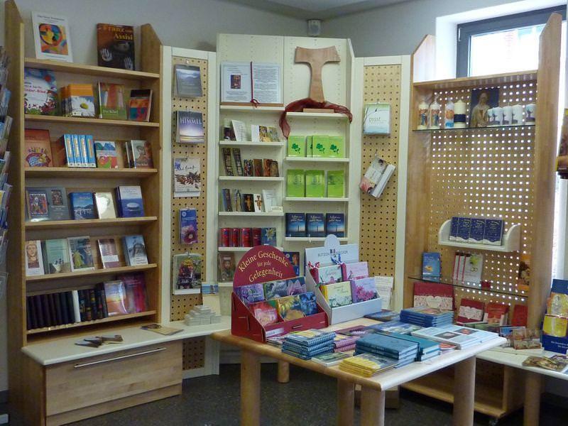Bilder zu: Bücher-Shop