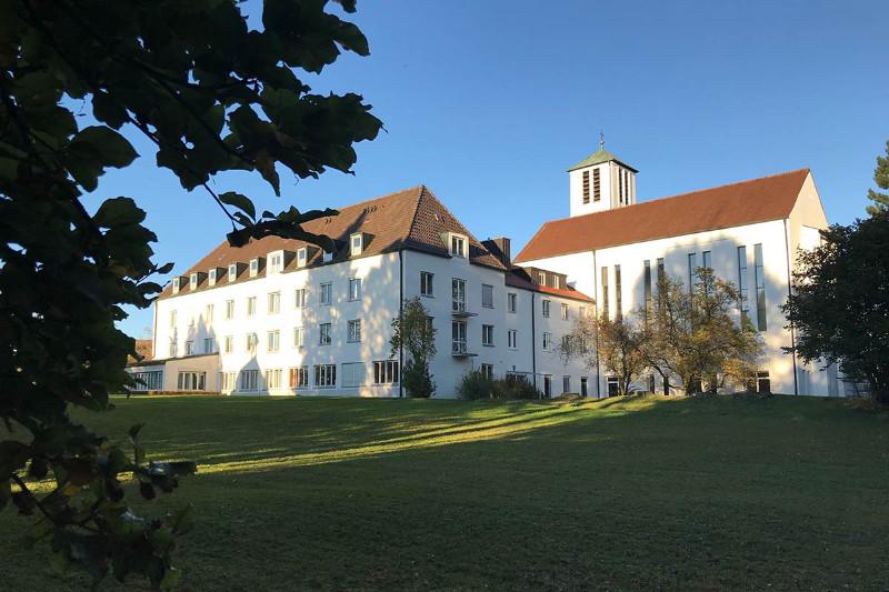 Pastoraltheologisches-Institut-der-Pallottiner-Friedberg-Klosterportal