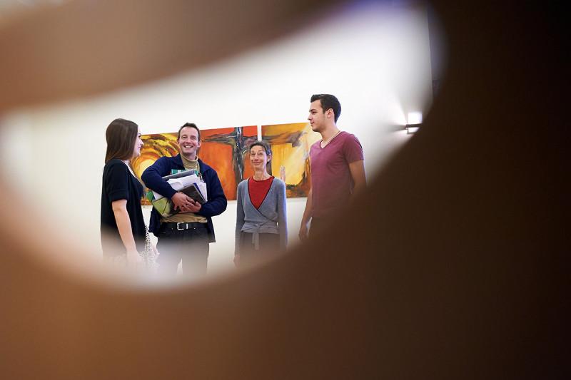 PTHV-Brueckenraum-Studenten