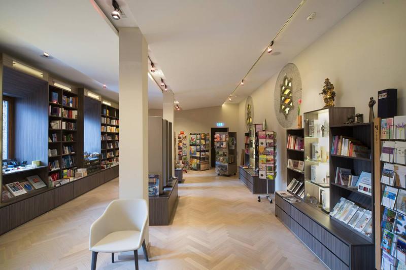 Bilder zu: Pallottiner-Buchhandlung - FOYER PALLOTTI