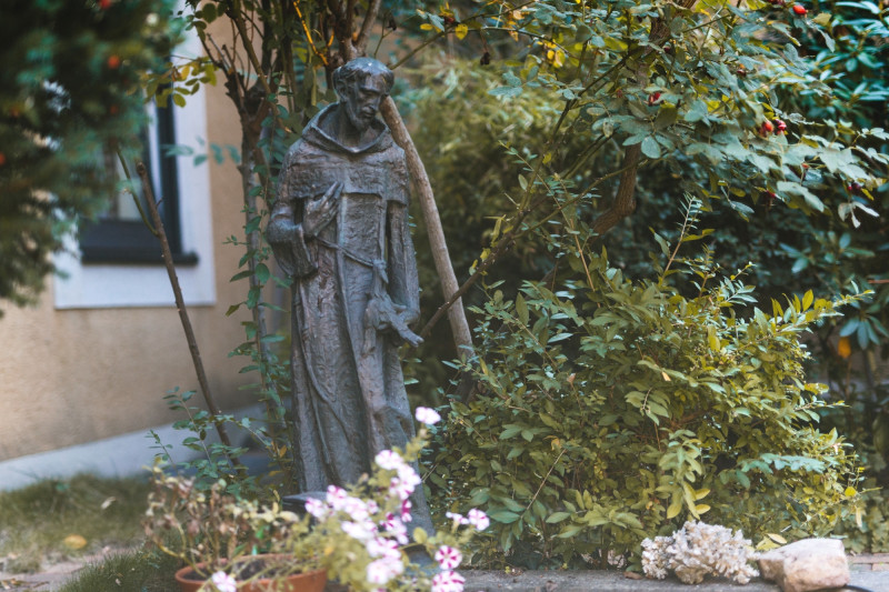 Franziskusfigur-Innenhof-Steffens-2