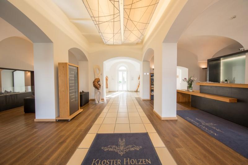 Holzen-Hotel-Aug17-0005-1