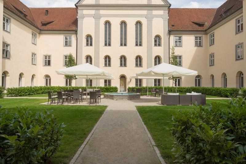 Kreuzgarten-1