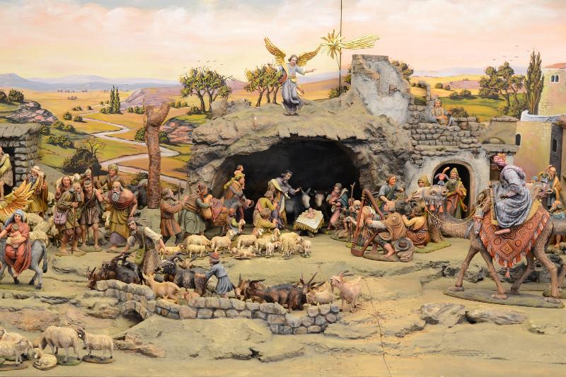 Bilder zu: Klosterkrippe und Jesulein - Weihnachtsausstellung im Klostermuseum Roggenburg