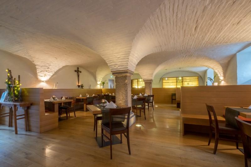 Gaestehaus-St-Joseph-Restaurant-9-1